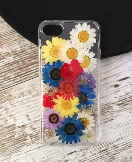 Funda para iPhone con flores secas, funda iPhone boho, funda iPhone flores preservadas, funda iPhone margaritas, funda de movil coachella, funda de movil con flores moradas