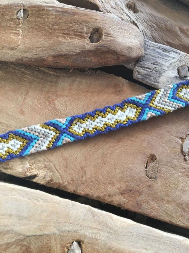 Pulsera Tribal de la Amistad azul y Dorada, pulsera tejida, pulsera azul y dorada, pulsera festival, pulsera verano, pulsera coachella, pulsera tribal nativa india