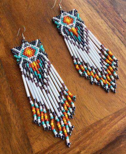 Pendientes Tejidos de Cuentas Ponemah, pendientes nativo americanos, cuentas tejidas, seed beads weaving, pendientes largos cuentas, pendientes bonitos, pendientes sioux, pendientes indios