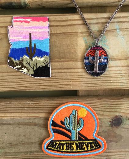 Colgante Sierra Vista, colgante de cactus, colgante mexicano saguaro, colgante colorido, collar mexicano, collar serapa, collar con cactus, colgante de cactus, serape necklace
