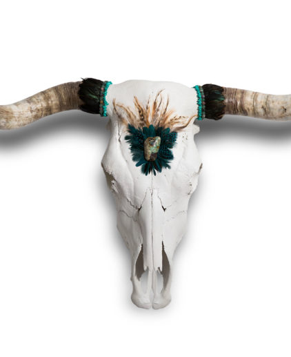 Craneo de vaca decorado a mano África, craneo de vaca boho, cabeza de búfalo bohochic, decoracion boho, decoracion exclusiva bohochic, estilo decorativo Zbohohippie, craneo de vaca exclusivos, cabezas de vaca artesanales bohemias