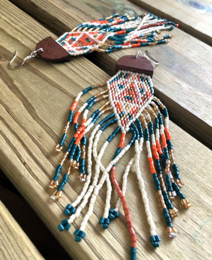 Pendientes de Cuentas Tejidas Las Cruces, pendientes nativo americanos, pendientes estilo indio americano, pendientes western, pendientes de cuentas country