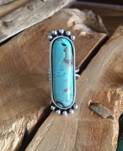 Anillo Turquesa Silent Trail, anillo alargado de turquesa, anillo bohochic, anillo bohemio, anillo azul, anillo nativo americano, anillo western, anillo country, joyas country, estilo western