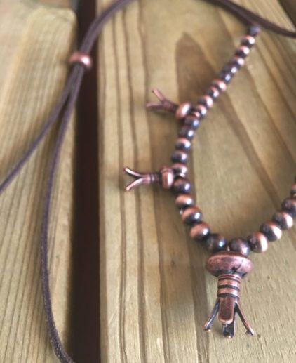 Collar en Cobre Rocky River, collar squash blossom, collar fror de calabaza, collar nativo americano, indio americano, boho, westernchic, collar cobrizo, joyas en cobre, perlas navajo, collar de perlas navajo, navajo pearls