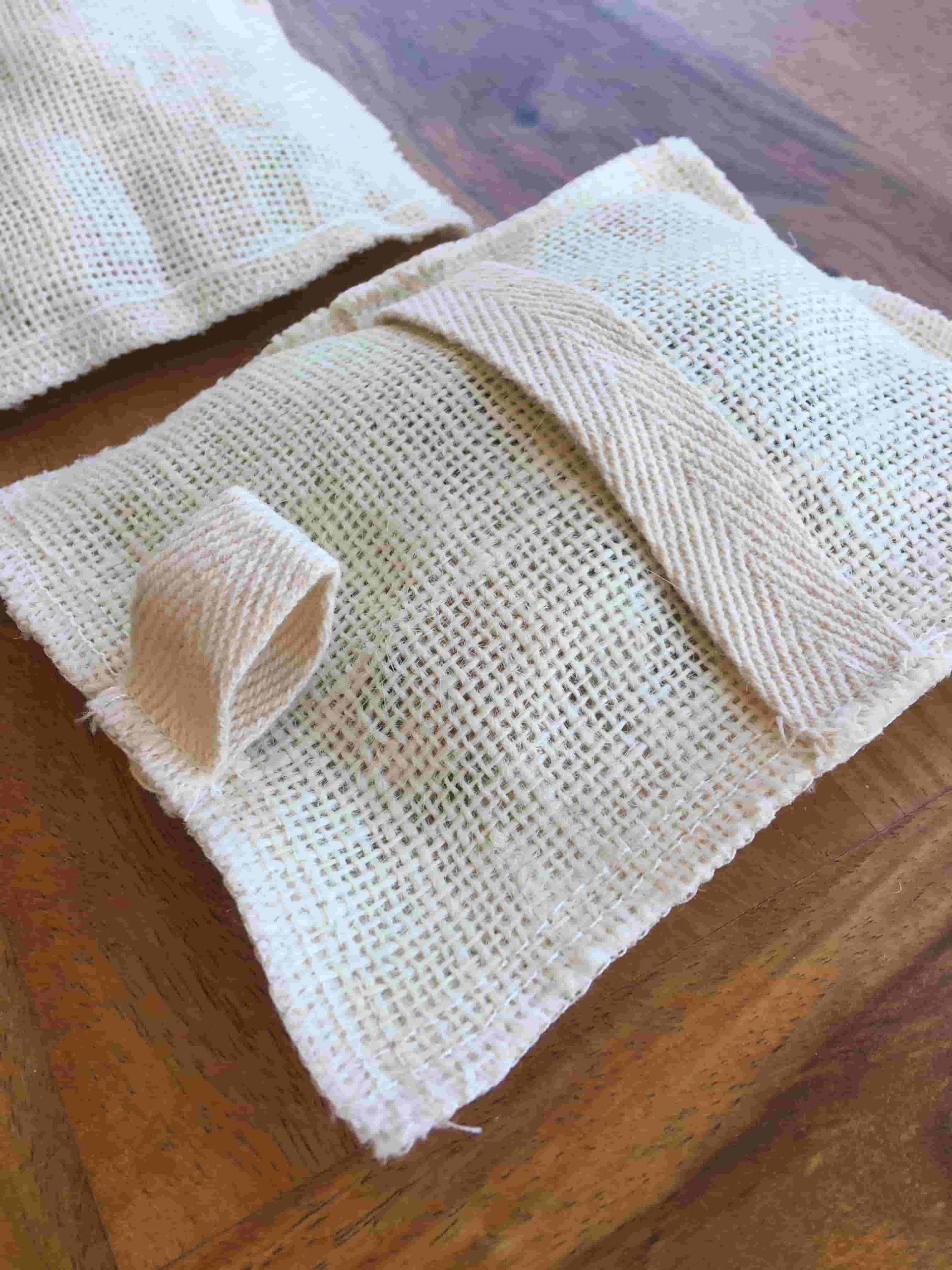 Jabón de eucalipto 100% vegetal en bolsa de Lufa exfoliante